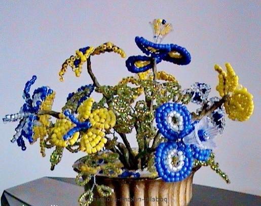 Як зробити квітку з бісеру. Плетіння для початківців. 3edc3af3539b6
